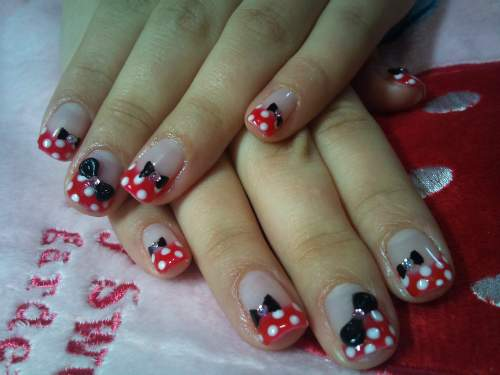 Unhas Minnie Mouse 006