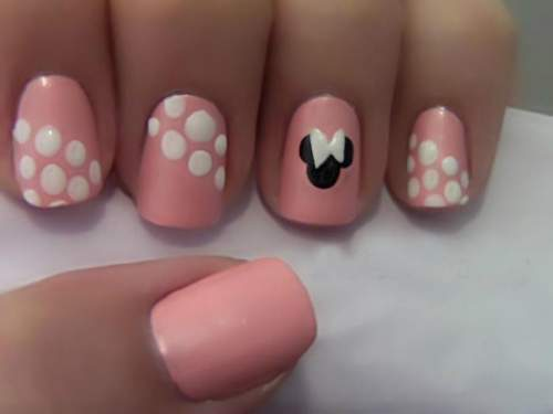 Unhas Minnie Mouse 007