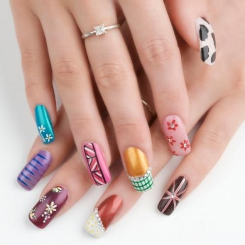 Unhas decoradas com canetas nail art imagem 04 - OK