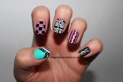 Unhas decoradas com canetas nail art - imagem 05 - OK