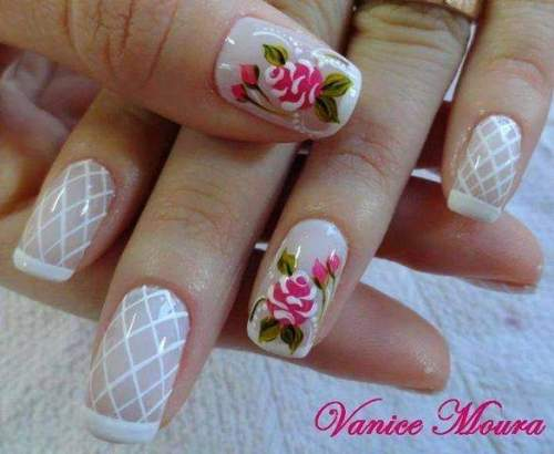 unhas decoradas com rosas - 04