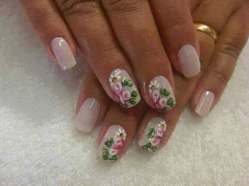 unhas decoradas com rosas - 12