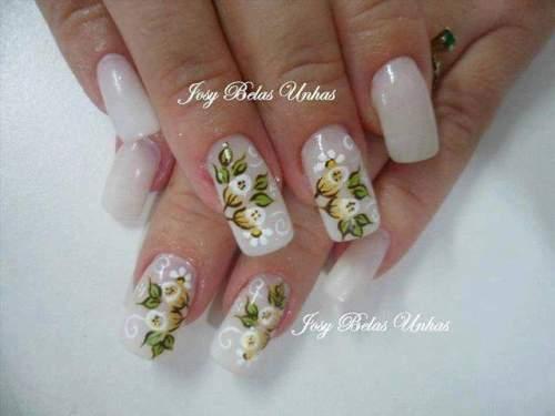 unhas decoradas com rosas - 21