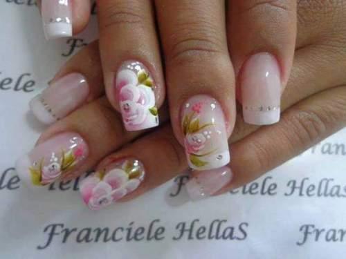 unhas decoradas com rosas - 31
