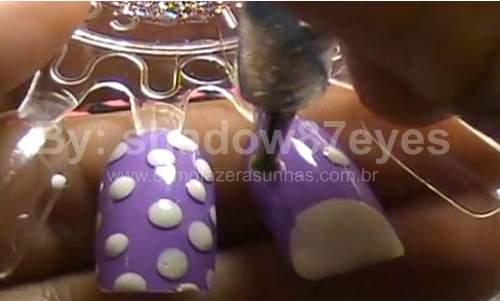 Unhas decoradas para páscoa - Passo a Passo  coelho 08