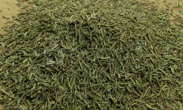 10 Receitas caseiras para eliminar a Frieira  em seus pés  - alecrin seco
