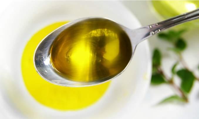 Unhas Grandes e Fortes - azeite de oliva